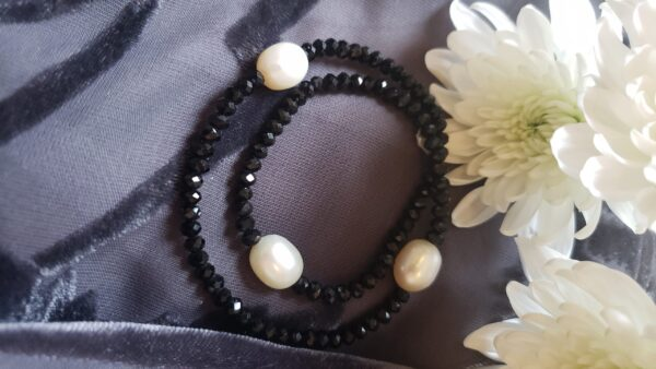 Pearl and black crystal