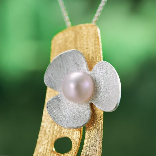 Silver Clover Flower With Natural Pearl Pendant